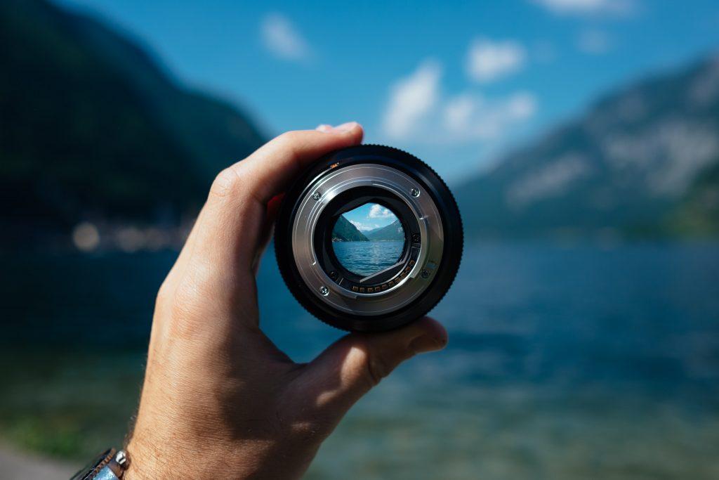camera lens focusing